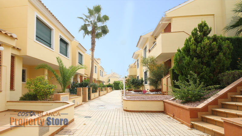 2 bed townhouse campoamor golf