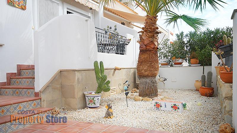 2 Bed Jumilla Garden Bungalow in La Fuente