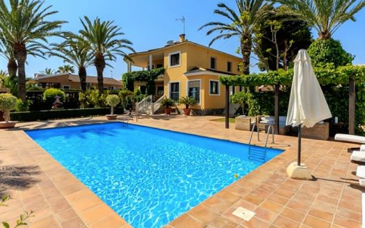 3 Bed Villa in Torrevieja