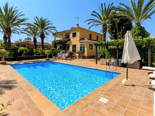 3 Bed Villa in Torrevieja