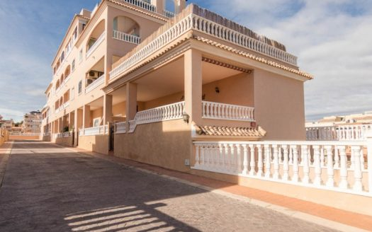 5 Bed Apartment in Orihuela Costa