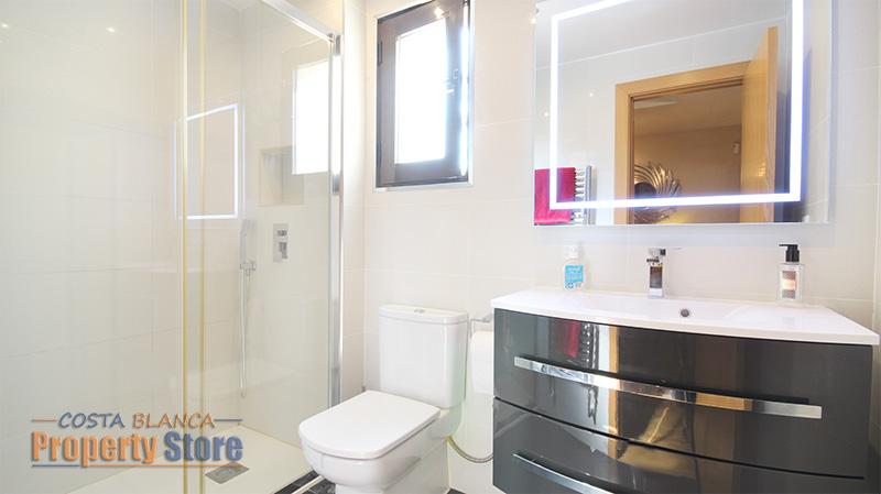 2 bed penthouse apartment in Las Ramblas