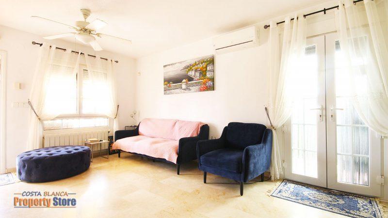 3 Bed Villa in Villamartin