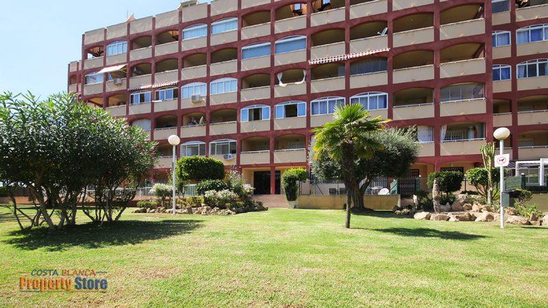 Garden Apartment in Torrelamata